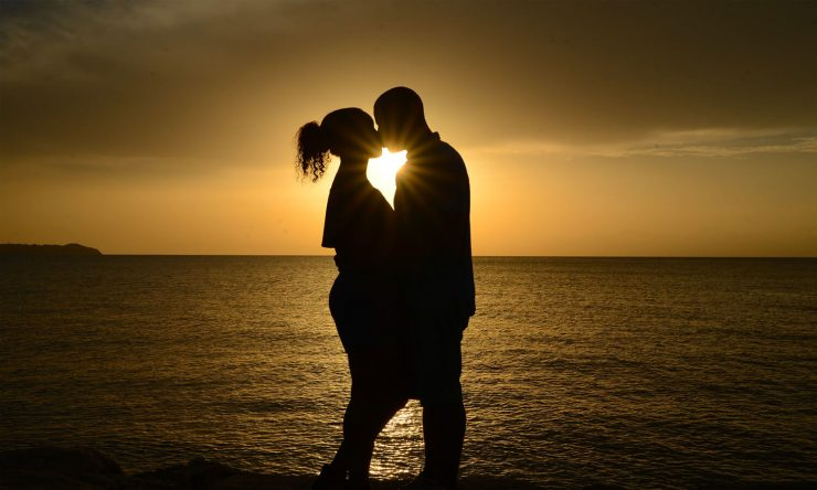 what does the bible say about premarital kissing