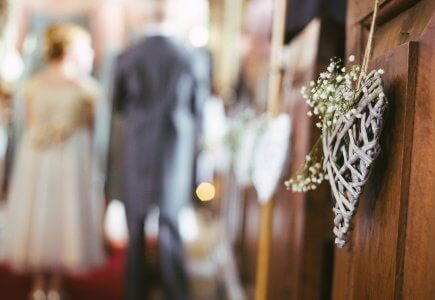 How to love each other in marriage?